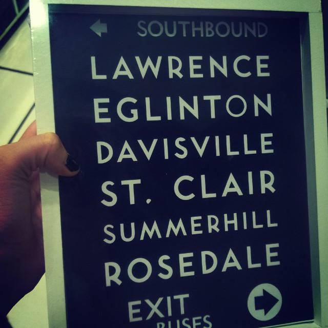 Omfg me persigue... Una señal? Jaja #Toronto #Rosedale ❤