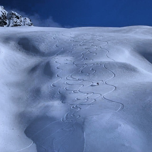 What are your memories of deep #pow and endless turns? Ours are #heliskiing in the #chugach mountains in #AK.
