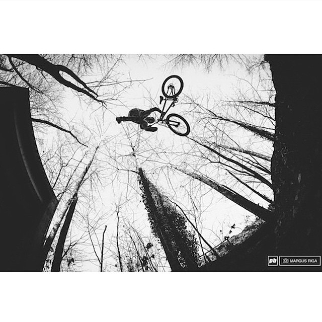 Congrats to @lornny on landing another @pinkbike #POD this past weekend. |