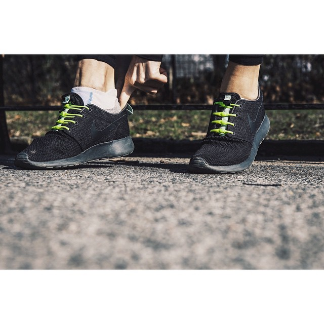 Springtime in the city is almost upon us. Get back into those outdoor runs. #simplyslipon #lacesoutHICKIESin