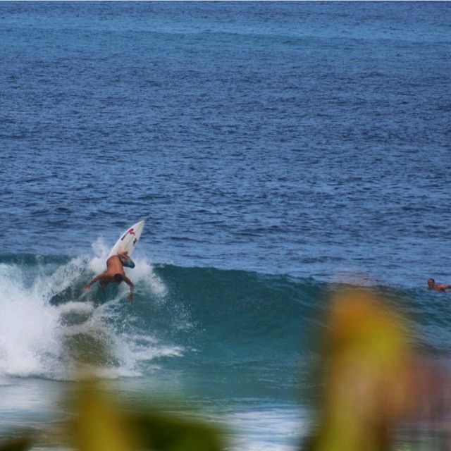 Team rider @coleyamakawa getting some nice waves a few weeks ago! | PC: @genasano #surf #inspiredboardshorts