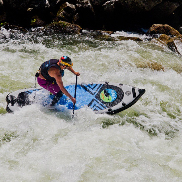 Hala Gear athlete Andy O'Brian charging some big whitewater on the Hala Atcha! Follow him @royalblueobrien Photo: @suppaulclark @blackandredphoto #halagear #halaatcha #adventuredesigned #whitewaterdesigned #whitewatersup #riversup #repostmysup #supyeah...