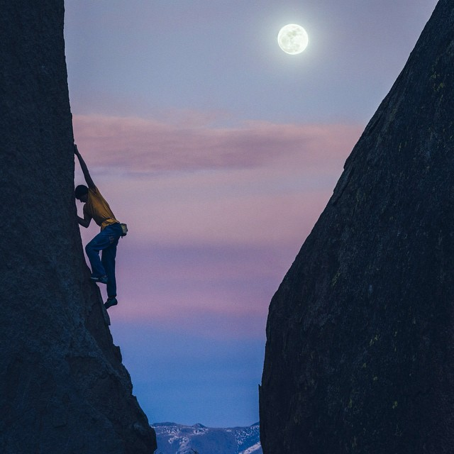 Climb me to the moon. #climbing #alexmegos #fullmoon