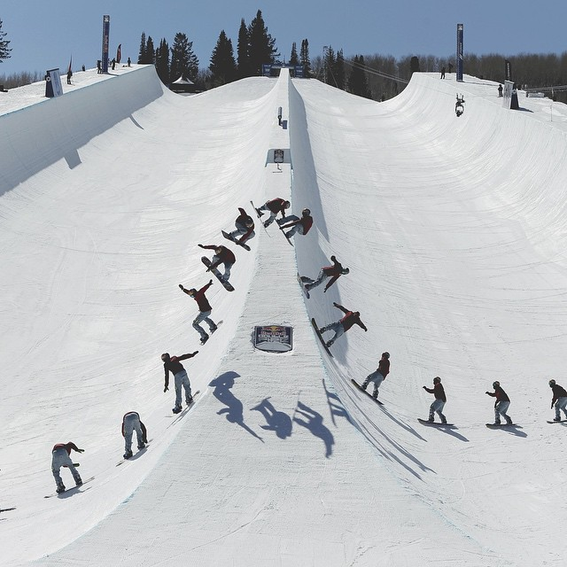If Heaven is a Halfpipe…What does that make #DoublePipe? Finals go Live in 30! Watch by clicking the link in our profile or fire up Red Bull TV on your Apple TV(pre-installed), Xbox 360, Roku, Amazon Fire TV, Kindle Fire or Samsung Smart...