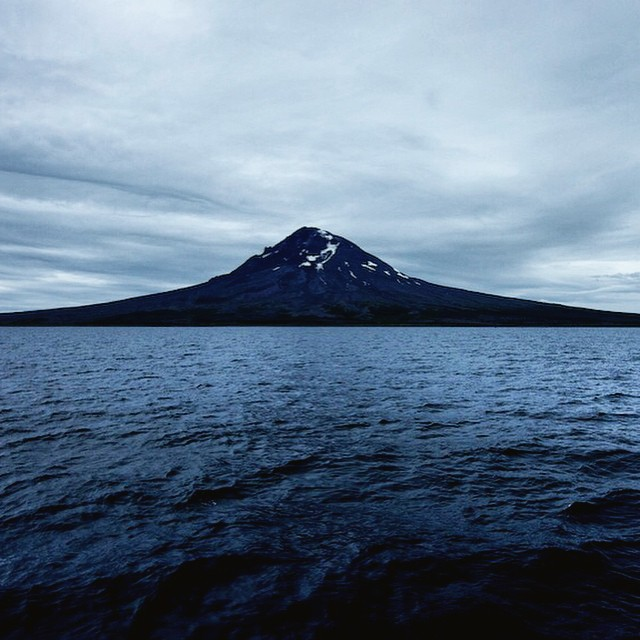 Last summer, adventurer John Whittier sampled for #ASCMicroplastics near Mt. Augustine, the most active volcano in the eastern Aleutian arc. #alaska #exploremore #mtaugustine