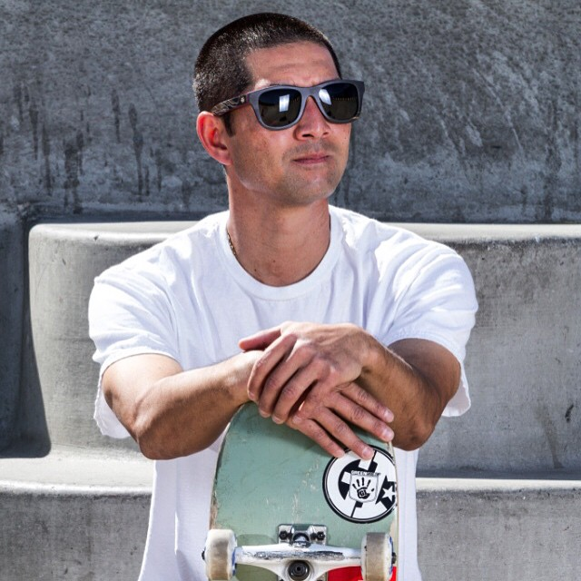 We are stoked to welcome pro skateboarding legend @dyoueda onboard for our limited edition skate deck shades. Here is to good things to come. #skateboarding #skatedeck #woodsunglasses