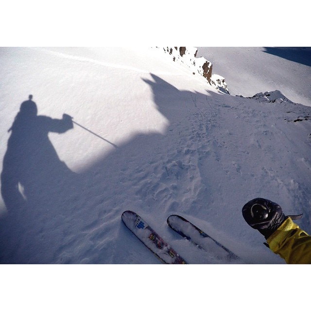 @robaseltine bout to drop into the line of a lifetime. #shapingskiing
