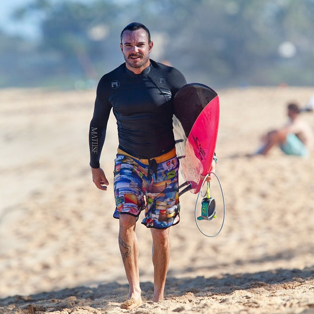 @jamie.sterling fresh out of the water in the North Shore Collection boardshorts. Photo taken by @sean_davey, the photographer who captured all the great pictures featured on the shorts. #surf #northshore #inspiredboardshorts