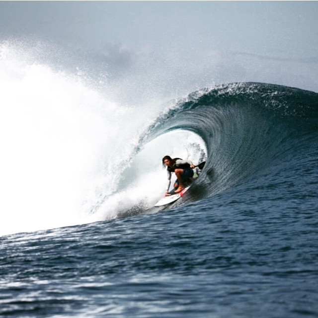 Team rider @fernandostalla knows how to keep out of the sun on those hot Tahiti days. #roguesup #fbf #repost #sup #surf