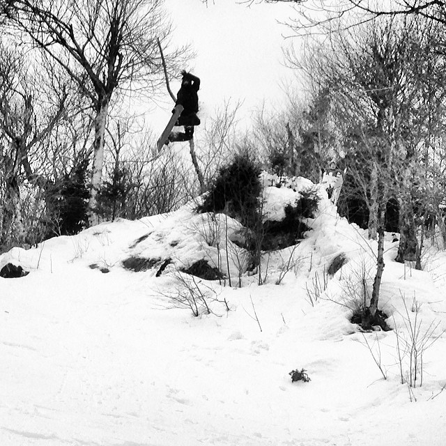 Epic day in the woods at @jaypeakresort with the crew. #jaypeak #thedip @eastcoastb #method #snowboarding
