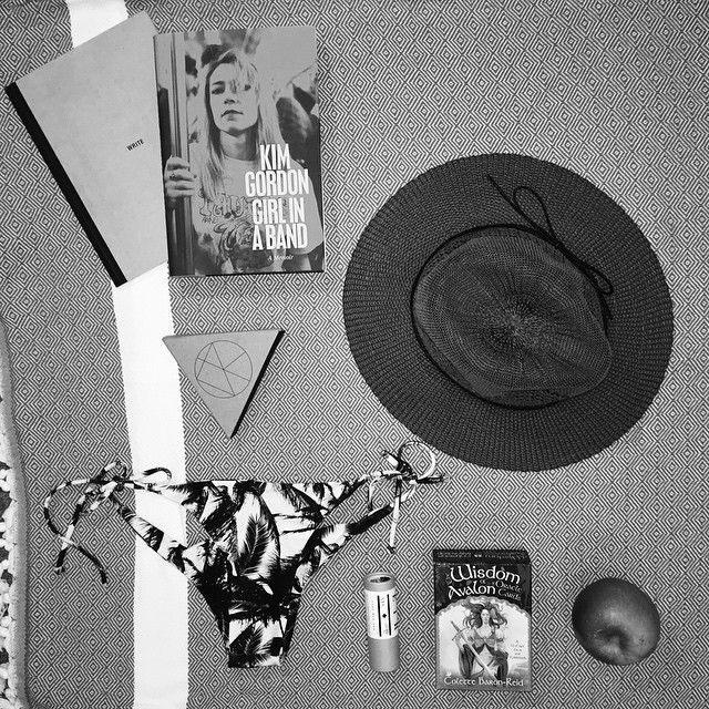 Current beach bag contents @eirnyc @kassiasurf @kimletgordon @mikoh #AllSwell