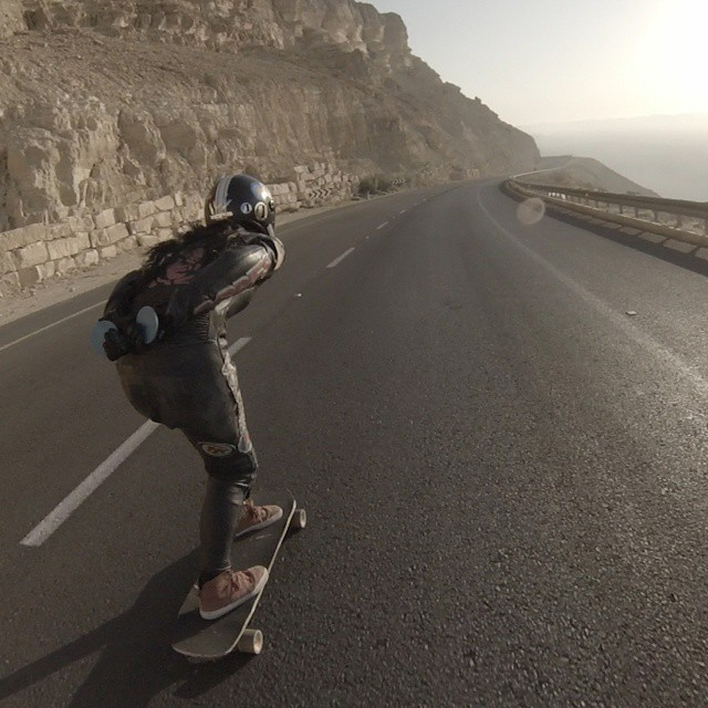 Today! OPEN premiere in Norway! All details in www.longboardgirlscrew.com @cocomarii  descending Ramon Crater. @danieletura photo. #longboardgirlscrew #girlswhoshred #lgcopen #marisanuñez #ramoncrater #israel #womensupportingwomen