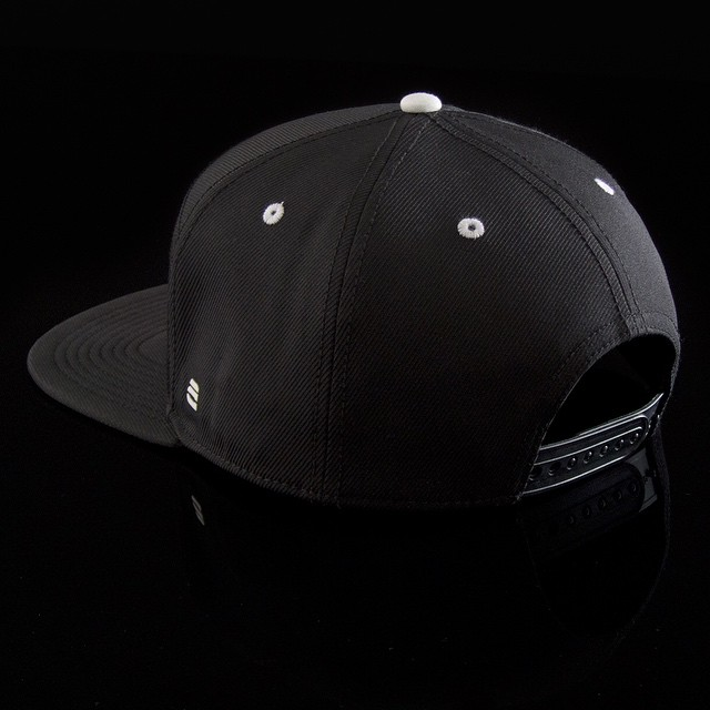 Illumination aside we take quality and comfort seriously. #snapback #lumativ #liveBright