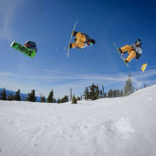 @timberlinelodge @mountainology #snowboarding #corking #bluebird #thriving @timmyjon92