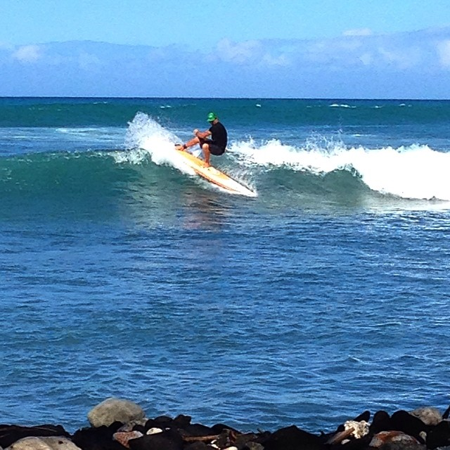It's amazing what you can find for surf sometimes when you are not searching. #rareformoutdoors #konaboys #kaenon #organik #odinasurf  #futuresfins #imaginepaddlesurf #itakebioastin #paddlehi pic by @swellliving