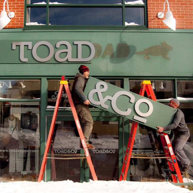 Good news, Proof Eyewear is now available at Toad&Co in Freeport, Maine!  Toad&Co's initiatives line up effortlessly with ours, so we're more than excited to be featured in their shop. Their motto is to live well, do good, and keep good company.  Read...