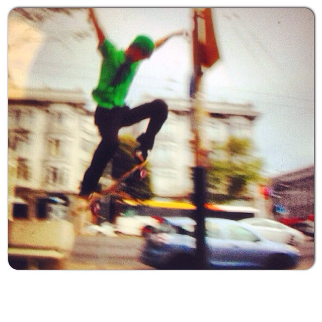 Team rider Chad Lybrand--@ragnars_world ollying through the San Francisco streets!  #chadlybrand #bonzing #sanfrancisco #trannydactyl