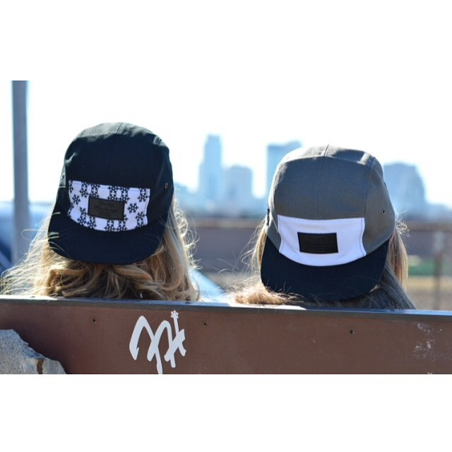 Shop now through www.frostyheadwear.com❄️#FrostyHeadwear #5Panels ❄️@thatsavagehipppy❄️