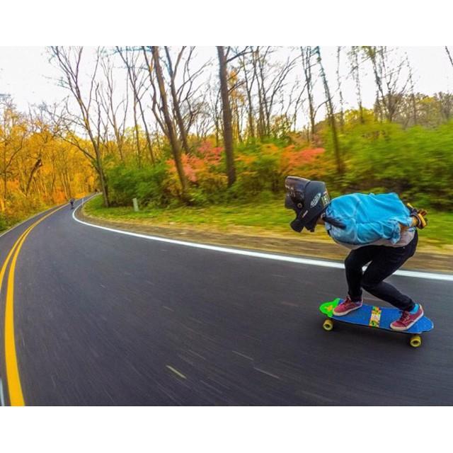 Longboard Girls Crew USA rider @marissaolivia1 shot by Joseph Kirasich. Nice!  How's your Tuesday going?  #longboardgirlscrew #womensupportingwomen #girlswhoshred #usa #marissaolivia #lgc