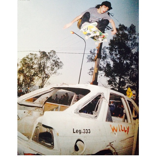 Santi Rezza FS Ollie 180 @santirezza #Gossip #skate #volcomfamily #ollie #volcom