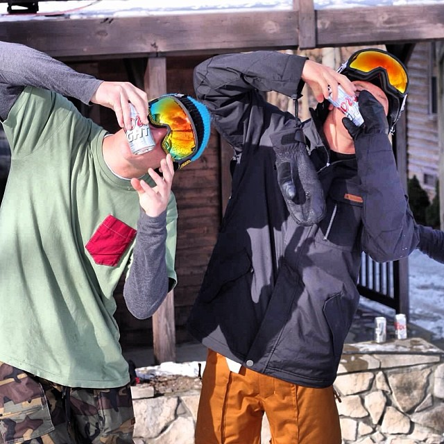 Who's ready for a cold one tonight? Team rider  @benpierce704  enjoying some off the water activities with his bro. Switching it up to snowboarding from wakeskating. #stzlife #shotgun #snowboard #benoutofwater #bluemeanscold #thatjohndenversfullofshit