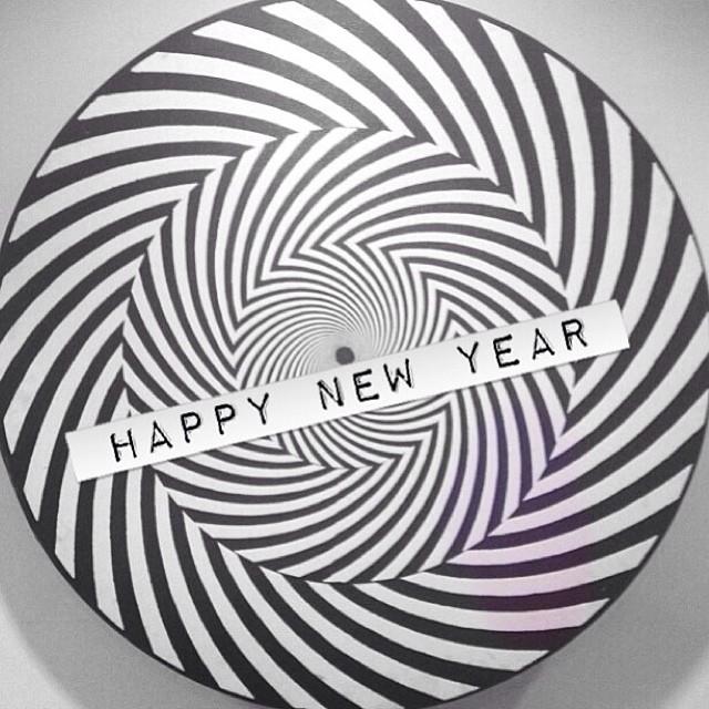 Feliz año familia!!! #happynewyear #2014 #newyear #volcom #volcomfamily