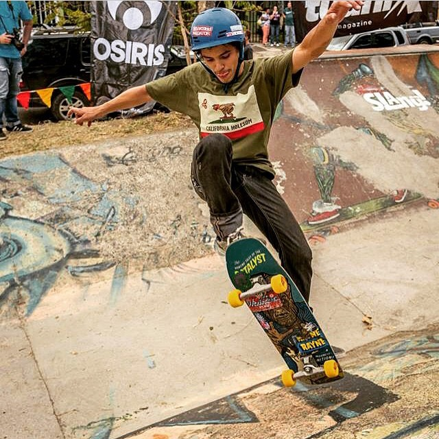 "@r2d2_ppsk8 getting RAD at ""El Caño"" and keeping it super #holesom with that fine shirt"