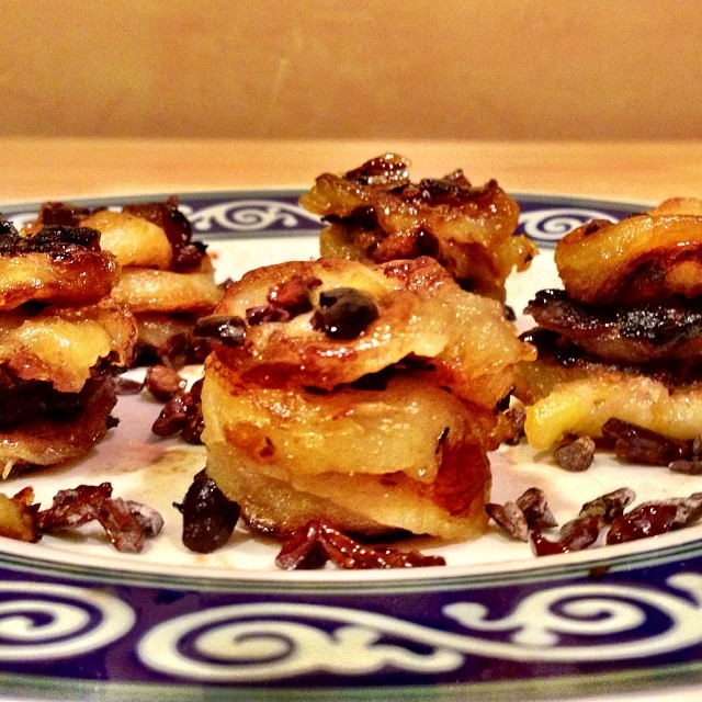 TASTY TUESDAYS // Elena Hight's Caramelized Cacao Banana Bites  #TeamB4BC rider @ElenaHight has an amazing #NYE recipe to get sweet and stay healthy. Check out the recipe for these Caramelized Cacao Banana Bites and ring in the new year! Check it out...