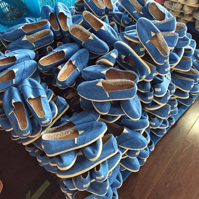 Last night i dreamt i had a lot of blue shoes..