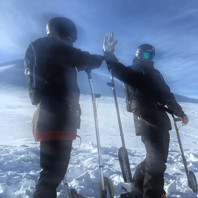 Glaring giving @selfiestevewallace a HIGH FIVE at @cmh_heli this past week. #NorthstarGives celebrate this great accomplishment of two four-tracking athletes crushing Heli Laps in British Columbia