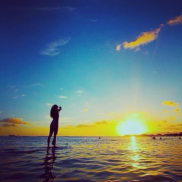 Thanks to our #mermaid @bailey.rosen, we close out #WorldWaterDay and another glorious weekend with the perfect sun setting over our beloved ocean! #getoutthere #teamrider #supgirl #suplife #oceanlover #miolainaction