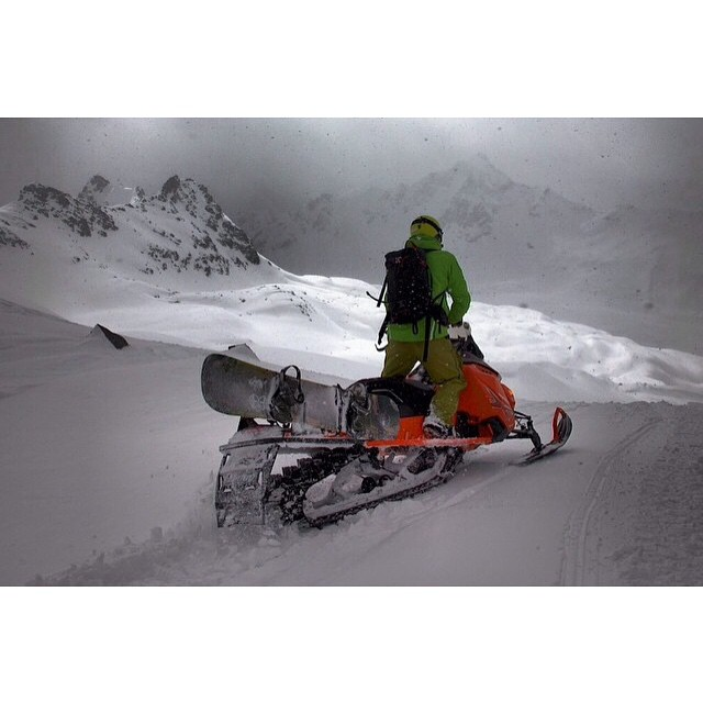 Team rider from #Canada @goldenrider420❄️#Snowmobiling #FrostyHeadwear #BackCountry #Snowboarding
