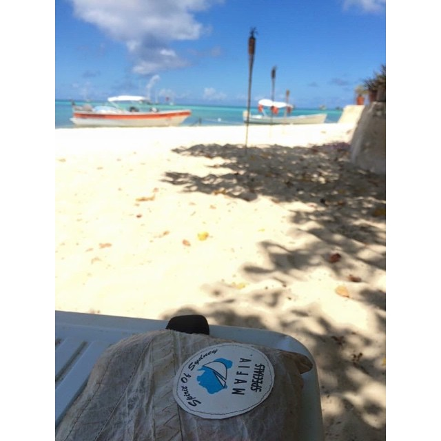 The Caribbean way to carry stuff // #cuttingthewind #mafiajoy by @ksm