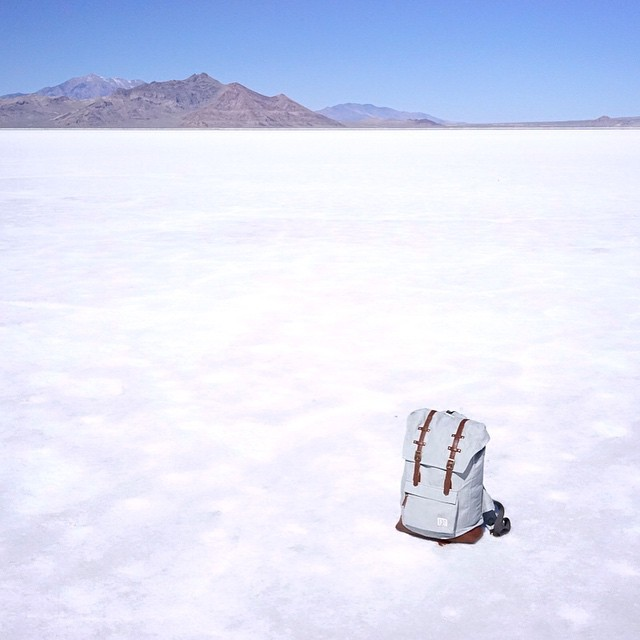 Salt Blue Rucksack feeling at home in the flats. #organic #backpack #estwst #explore #sustainable