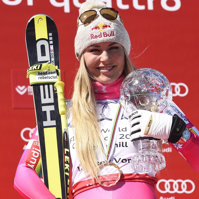 "Congrats @lindseyvonn on your new record last week!  And thank you for your support with $1 from every purchase of your ""The Vonnderful"" at @bluemoosepizza  to SOS! 