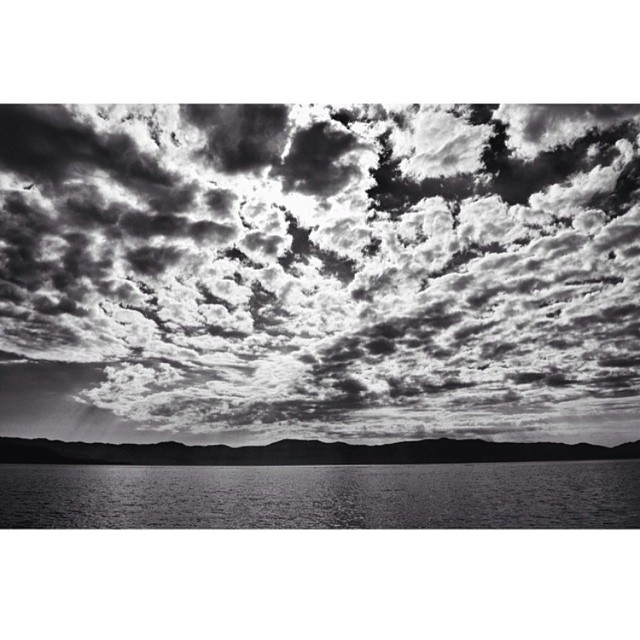 Moody morning clouds over the lake.  _ #desolationsupply #DESO #itswayoutthere #thisistahoe