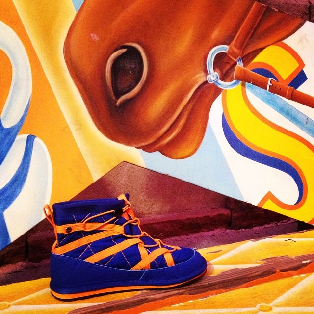 Mile High Pakems!!! #denver #orangeandblue #relaxhappy #apres #lovefootball