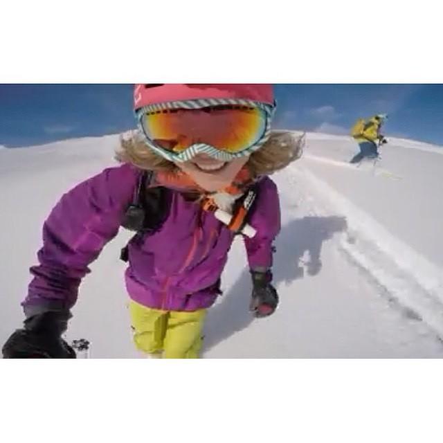 @lynseydyer's unique perspective @gopro #xsteam #xshelmets #Ski #pow #mountainlove #girlswhoshred #skatebikeboardski