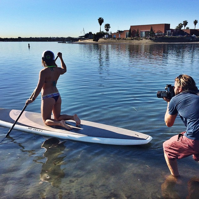 Behind the scenes photo shoot on a beautiful Thursday in #sandiego. #hovenvision #neversettle #beach #surf #sup #bikini #sunglasses #beachlife #california #photoshoot #easylife