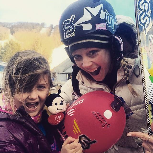 #start'mearly #skitheeast #skilikeagirl @ms.cmore #snowboarding #helmetsarecool @diecutstickersdotcom #stickerspotting #JustSendIt #skiing #sendit @romesnowboards