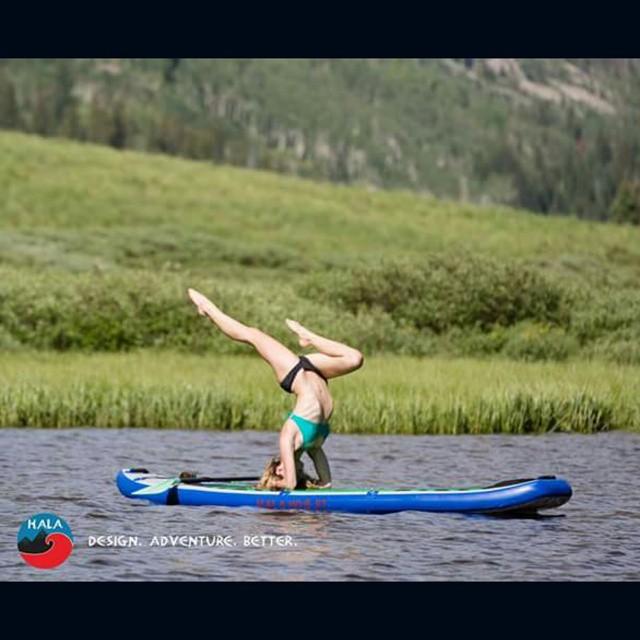 Summer is almost here.... #halagear #halahoss #adventuredesigned #supyoga #sup #yoga #yogadesigned #yogaonsup #standuppaddle #stand_up_paddle #paddleboardyoga #paddleboard #repostmysup #theweeklyinsta #namasteyoga #weliveadventure #inverted...