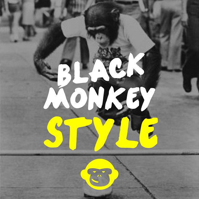 Friday in Love. @blackmonkeystore #alpargatas #calzado #argentinestyle #beblackmonkey #colours #happyfeet #style #design #friday #enjoytheride #fridayinlove #onda #autumn #monkey #followme #goodpeople
