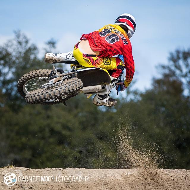 So today went well!  Sick photo from @barnettmxphotography #footroost #scrub #officialmoto #smbw #florida #suzuki #skytop #feelingabitbetter #scrubsallday #moto #motocross #bygawd #barnettmxphotography