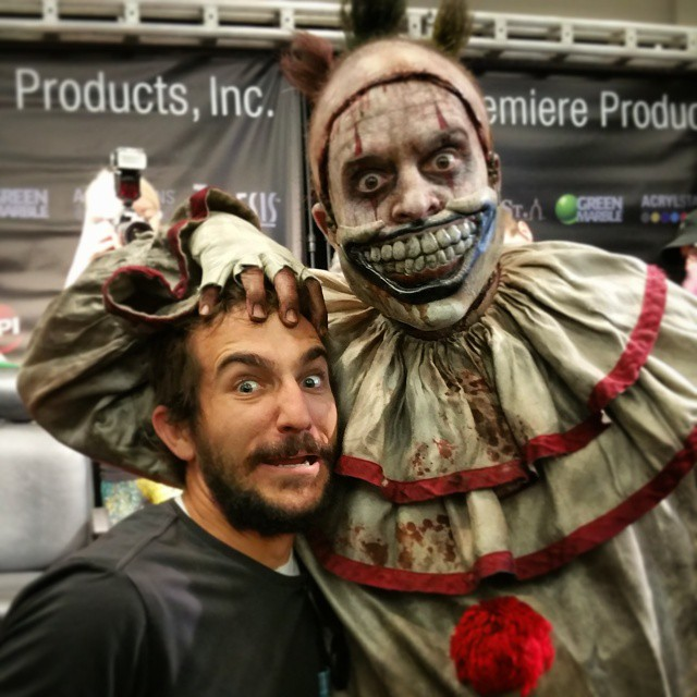 Everyone's real friendly! #monsterpalooza #twisty