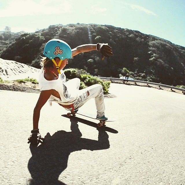 Go to longboardgirlscrew.com and check #LGC France rider @alex_kubiak_ho_chi latest video shredding California. Rad.  @laurent_perigault photo  #LongboardGirlsCrew #girlswhoshred #womensupportingwomen #alexkubiakhochi #california #layback