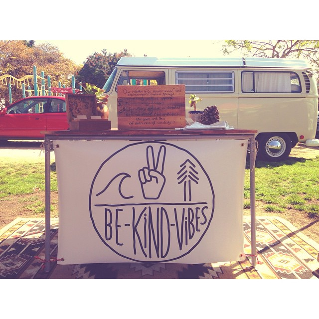 It's a beautiful day at the market ☀️✌️We're in Leucadia until 2pm, swing by and say hello! ------------------------------------------------- #bekindvibes #bekindtribe #organic #sustainable #clothing #madeinusa #shopconsciously