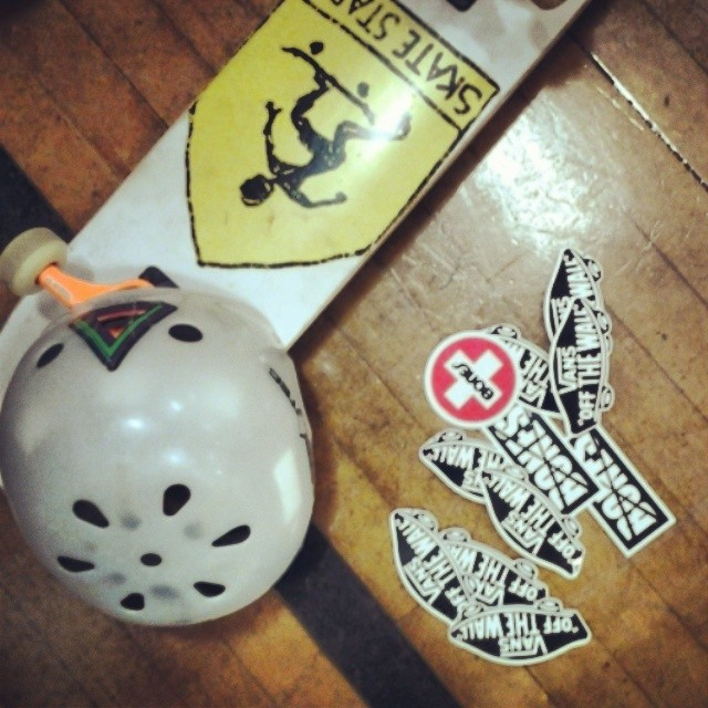 For a youngsters future sticker collection. #dreambigdaycamp #boneswheels #Skatestart #vansshoes #flatground