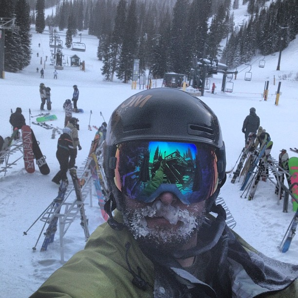 Great skiing at #winterpark this weekend, lots of fresh snow and bone chilling temps!