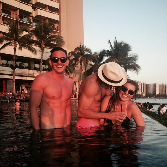 Havaii // #waikiki #sunburnz #maitailyn #talynio #diamondshii #diamondhead #mahaylo #allen