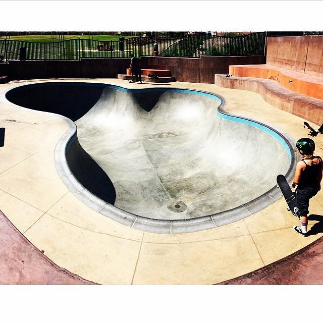 Regram @julzlovespoolz . #encinitasskatepark #skateapool #skateboarding #skatepark #california